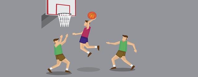 バスケットボールをする男の子の画像