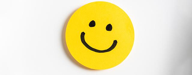 黄色い笑顔のマーク